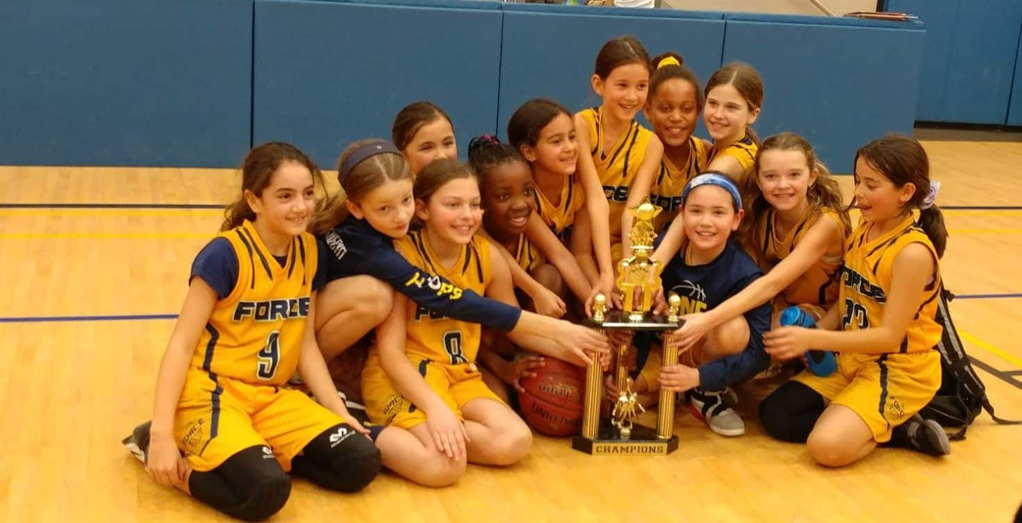 U10 Girls Burlington FORCE Basketball Team Win