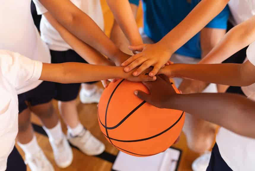 Tips for Teaching Sportsmanship to Youth Basketball Players
